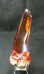 天然ジルコン原石・ゴールド~レッド192,4G母岩付き(スリランカ産)