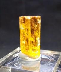 インペリアル・トパーズ原石34,5ct(6,9G)シャンパンゴールド、宝石質(ブラジル・ミナスジェライス・オーロ産)