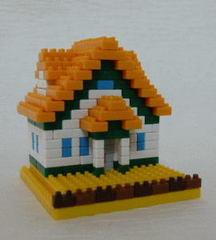 三角屋根の家OW