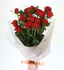 60本の赤バラの花束