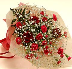 バラとカーネーションの花束(中)