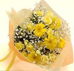 バラとガーベラの花束(中)