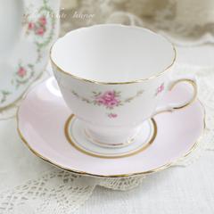 Royal Osborne, Colclough & TUSCAN ミニ薔薇のガーランドとリースのヴィンテージトリオ
