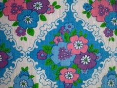 水色の壁紙風お花
