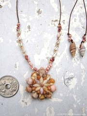 Cone Shell Flower Top kahelelani & Zakuro Necklace