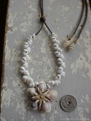 Ryukyu Gold RingerTOP White Mongo Necklace
