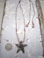 Batillaria Flower Top Zakuro & kahelelani Necklace