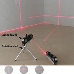 スチールルーラークロス直線レーザーレベルアライナを備えた実用的な多機能高密度レーザーレベリング装置