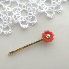 赤小花ヘアピン