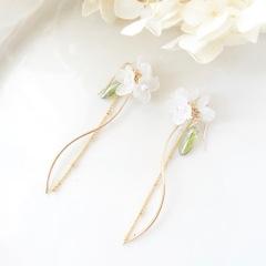 白紫陽花Sラインピアス