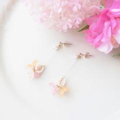 紫陽花のスイングピアス mix