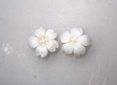 白サンゴ 桜の花のルースペア254