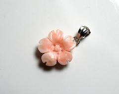 ピンクサンゴ 桜のペンダントS311
