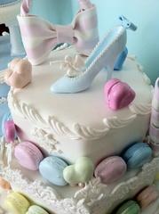 クレイマカロン3段ケーキ