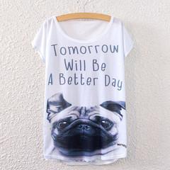 パグのTシャツ