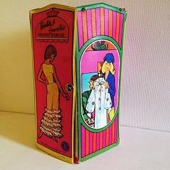 ●SOLD●1965 Barbie & Francie DRESSING ROOMCASE