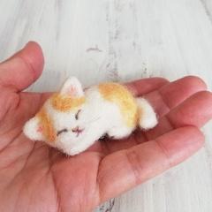茶ぶち猫スリーピング*スモール子猫