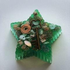 星型大オルゴナイト緑1