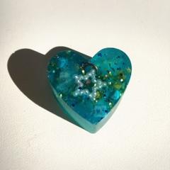 ハート型オルゴナイト青1