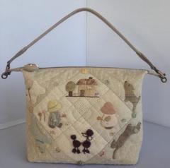 ワンチャンのワンハンドルバッグ