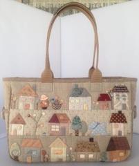 ハウスが可愛いバッグ