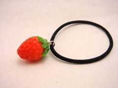 MICO-E 苺のヘアゴム