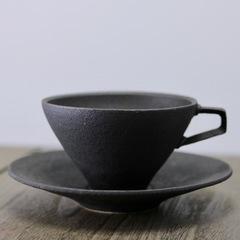 錆黒プラチナ彩カップ&ソーサー
