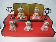 2段パグ雛壇飾り(大)