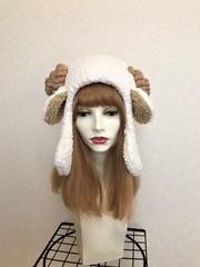 1562 耳付もこもこ羊の耳あて帽子