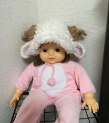 1435 赤ちゃん用帽子:つば付もこもこ羊帽子