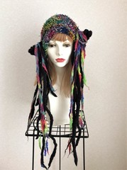 1603 インコ垂れの黒カラホー秋ニット帽