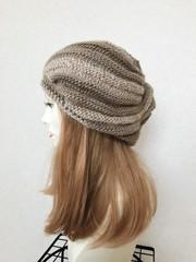 1546 マーブル模様の薄手たっぷり帽子