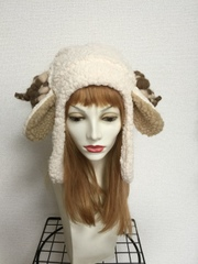 長いお耳のもこもこ羊の耳あて帽子:ツノミックスカラー