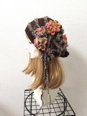 1307 スーパーファインアルパカの花咲く春ニット帽