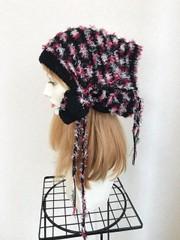 1811 帽子ターバン:黒&赤ファー