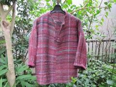 <o-f123>赤地に横縞のセーター