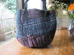 <o-b102>裂き織布の手提げバッグ(小)