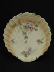 ヴィクトリア時代|淑女のドレス貝殻プレート