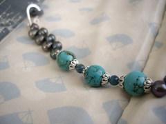 黒真珠とターコイズの羽織り紐 ハンドメイドフック