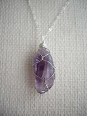 原石のワイヤラップネックレス アメジスト(deep purple)