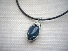 Wish for Japan 青の天然石のワイヤラップネックレス