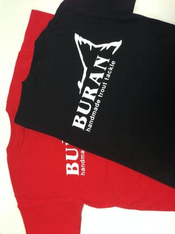 ロゴ・バックプリントTシャツ