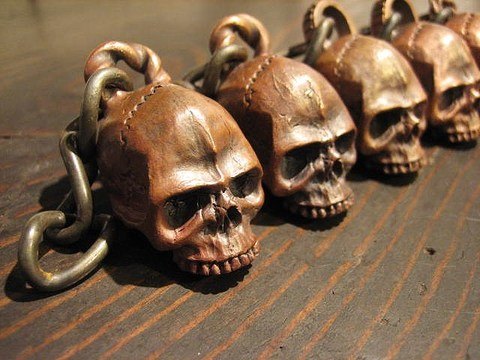 """JUNK SMITH """"Red Skull Key Chain Without Jaw"""""""
