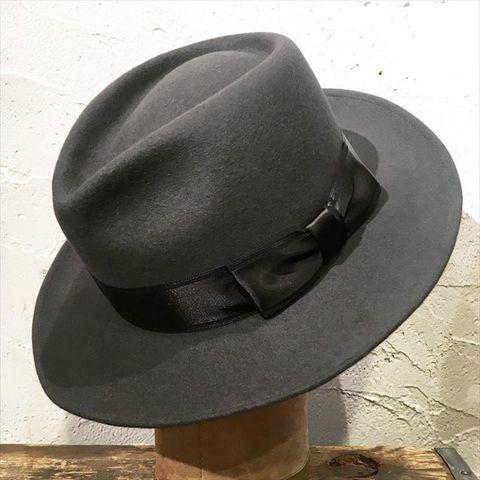 """Speier's """"Classical Rabbit Fur Hat"""""""