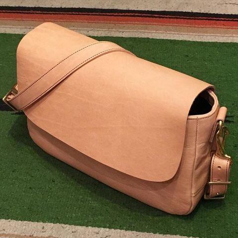 "Dapper's ""Leather Mini Shoulder Bag LOT1108"""