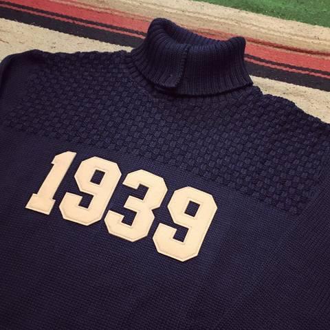 "Dapper's ""Three Button Turtleneck Knit 1939 LOT1217"""