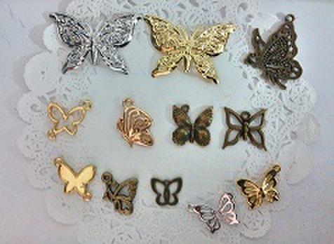 蝶チャームランダム5個