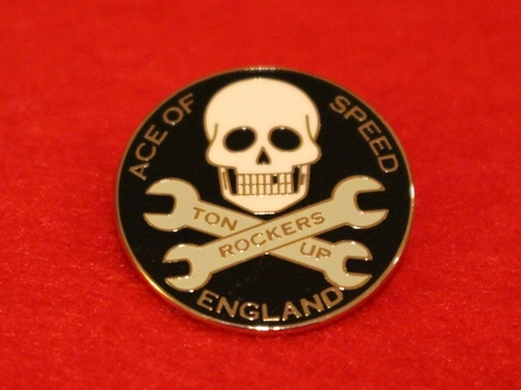 <ACE OF SPEED> SKULL & SPANNERS BADGE