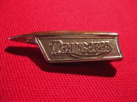 <BADGE> TRIUMPH B