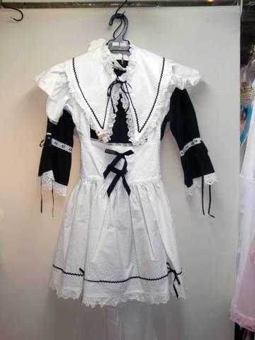 ロリータメイド服
